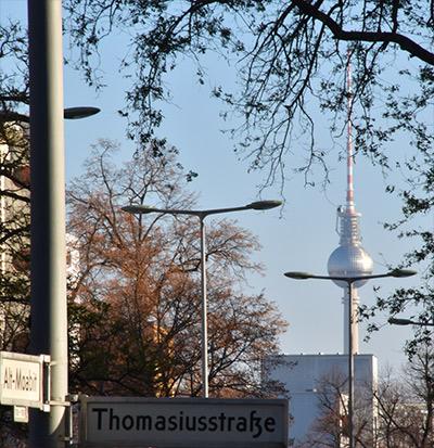 Straßenansicht Fernsehturm